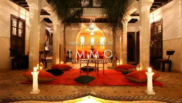 Vente riad Marocain épuré Maison d'hôtes Marrakech Place Jamaa El Fna Dabachi