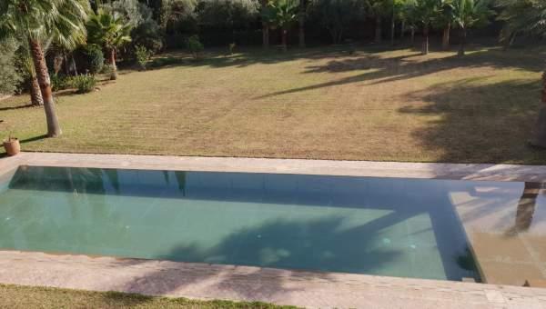 Location villa Marocain épuré Marrakech Extérieur Ecole américaine