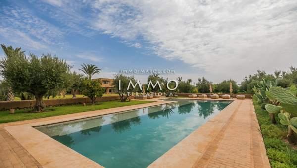 Vente villa Moderne Marrakech Extérieur Route Ouarzazate