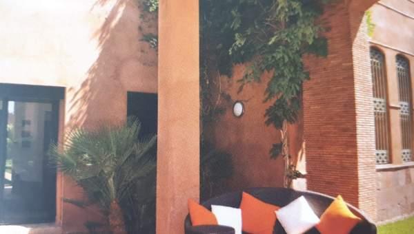 villa achat Marocain épuré Marrakech Extérieur Route Fes
