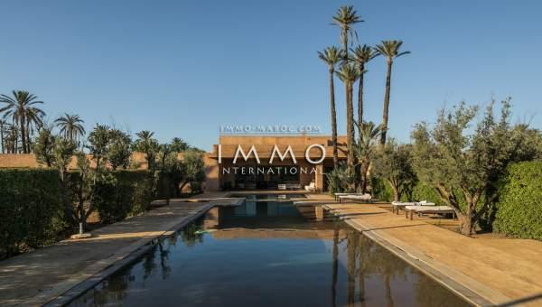 Villa à vendre Marocain épuré haut de gamme Marrakech Palmeraie Ksar Chargagh