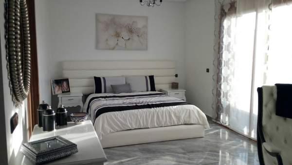 Villa à vendre Marocain épuré Marrakech Centre ville Targa