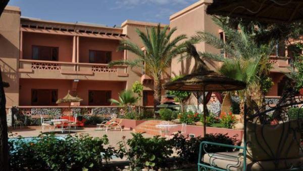 Local commercial à vendre Maison d'hôtes Marrakech Extérieur Route Ouarzazate
