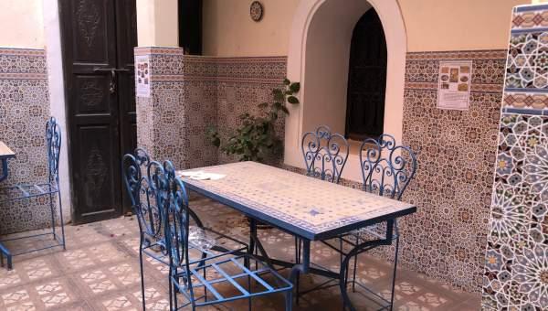 Vente riad car Marocain Maison d'hôtes Marrakech moins de 10 minutes de la place