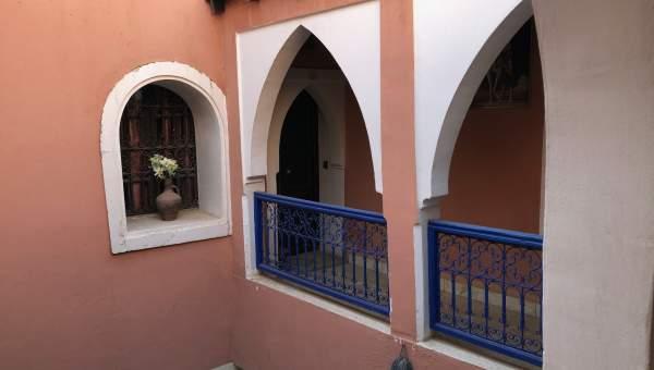 riad vente voiture Marocain Maison d'hôtes Marrakech moins de 10 minutes de la place