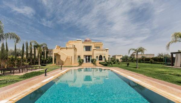 Villa à louer Marocain épuré biens de prestige Marrakech Extérieur Route Sidi Abdellah Ghiat