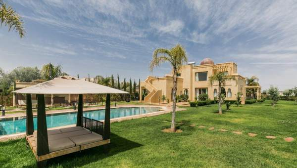 Location maison Marocain épuré prestige a vendre Marrakech Extérieur Route Sidi Abdellah Ghiat