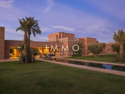 Villa à vendre Contemporain biens de prestige Marrakech Extérieur Route Fes