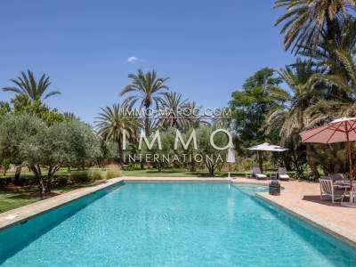 Achat villa Marocain épuré prestige a vendre Marrakech Palmeraie
