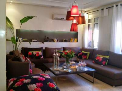 Sale contemporary apartment Marrakech Center ville Targa