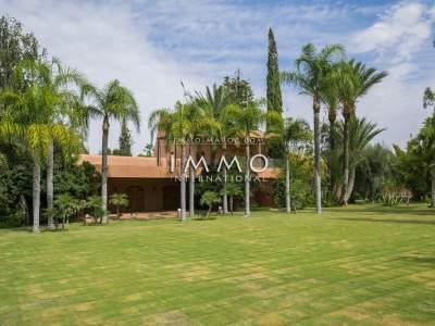 Vente maison Local Commercial prestige a vendre Marrakech Palmeraie Bab Atlas