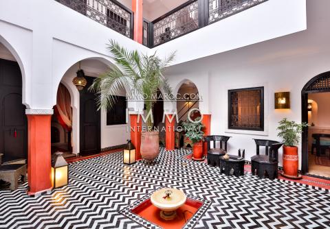 achat riad Marocain épuré Marrakech moins de 10 minutes de la place Kasbah
