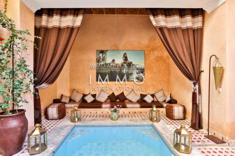 achat riad Marocain épuré Maison d'hôtes Marrakech Place Jamaa El Fna Dar El Bacha