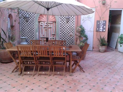 achat riad voiture Marocain épuré Marrakech Place Jamaa El Fna