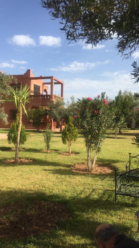 Achat villa Marocain épuré Marrakech Extérieur Route Amizmiz