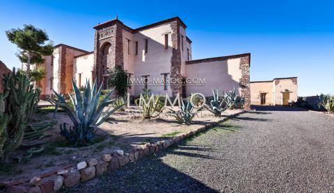 Maison à vendre Marocain de prestige Marrakech Extérieur Route Amizmiz