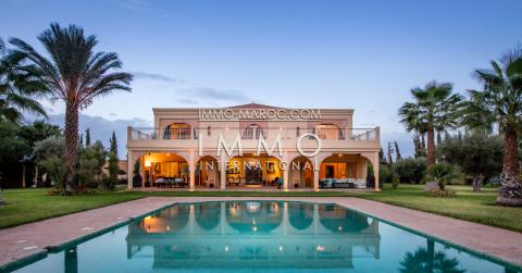 Villa à vendre Marocain épuré immobilier de luxe marrakech Marrakech Extérieur Route Amizmiz
