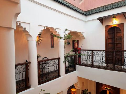 riad vente Marocain Marrakech moins de 10 minutes de la place Riad Laarous