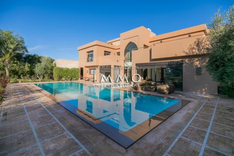 Achat villa Marocain épuré Marrakech Extérieur Route Ouarzazate